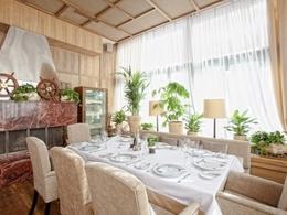 Ресторан La Maree (Смоленская). Москва Проточный переулок, д.7