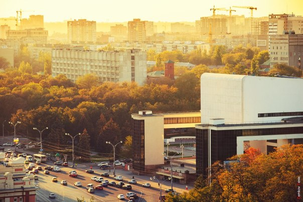 Афиша в театре горького ростов на дону театр сац афиша в алматы